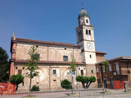 Anche a Luzzara danni molto ingenti, la Chiesa è pericolante.