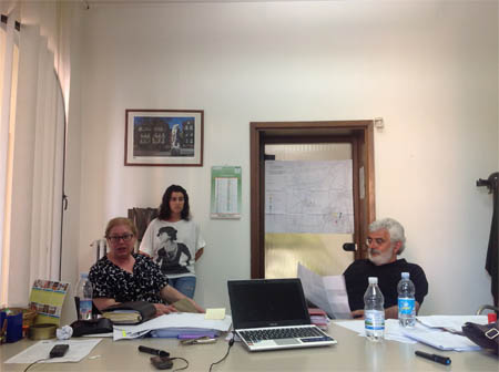 Anche a Rolo danni, sfollati e paura: briefing operativo della Sindaca Vanna Scaltriti.